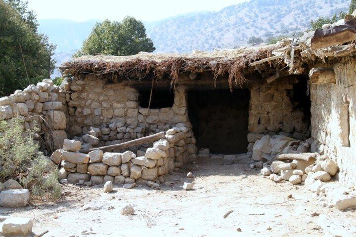 گزارش پرویز پرستویی از سفرش به اندیکای زلزله زده
